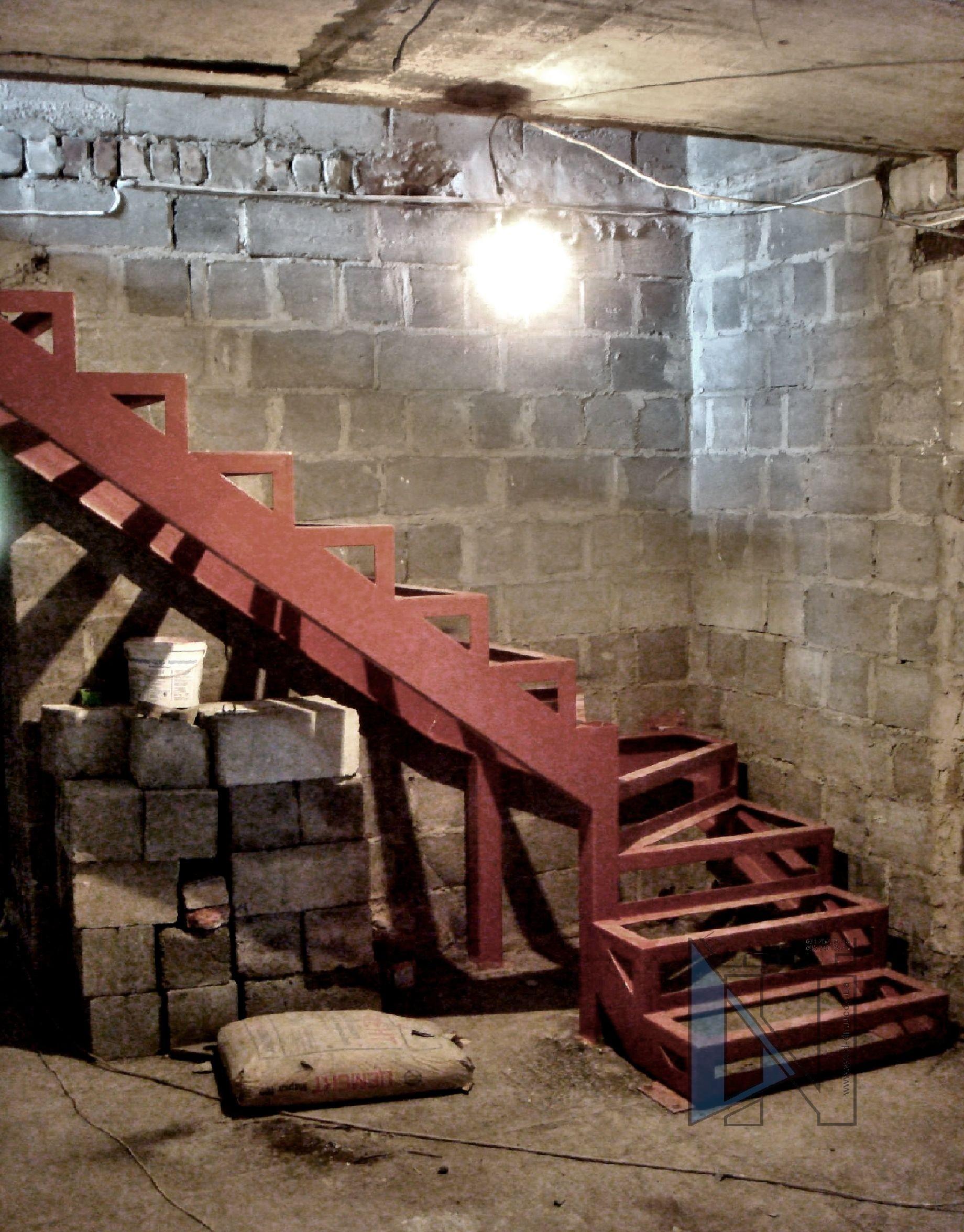 лестница Донецк изготовление металлических каркасов лестниц под обшивку ступенями из дерева лестницы Донецк